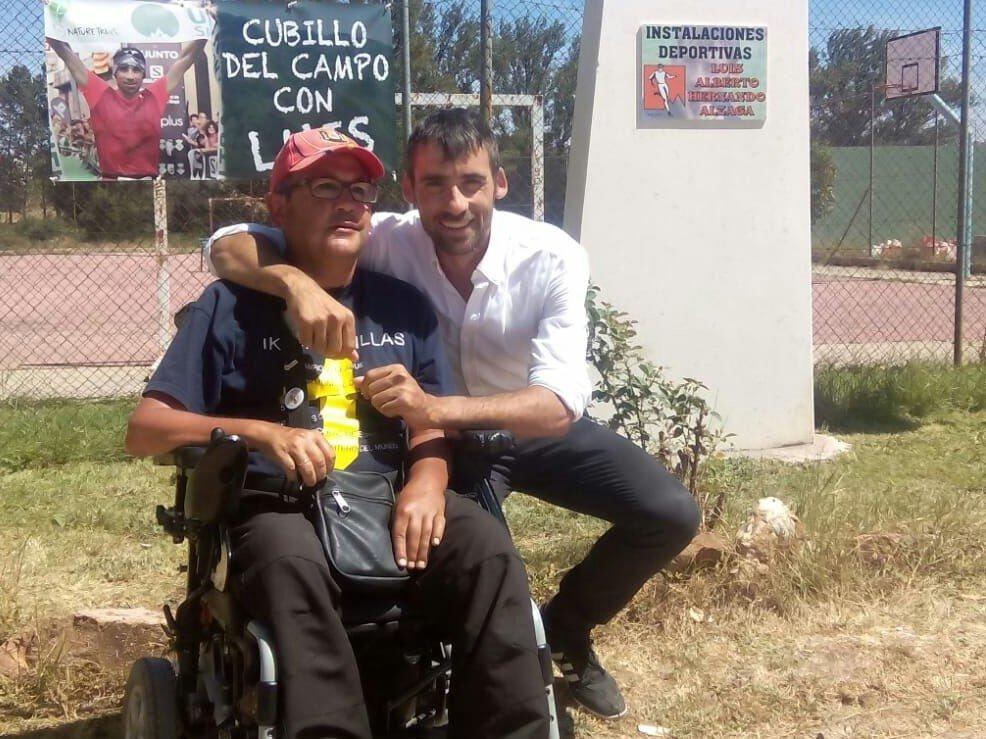 Ricardo Díez Ausín junto a su gran amigo, el campeón del mundo de carreras por montaña Luis Alberto Hernando.